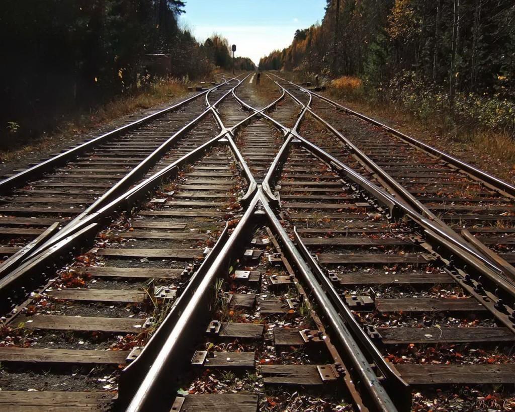 10.25 ferrovia
