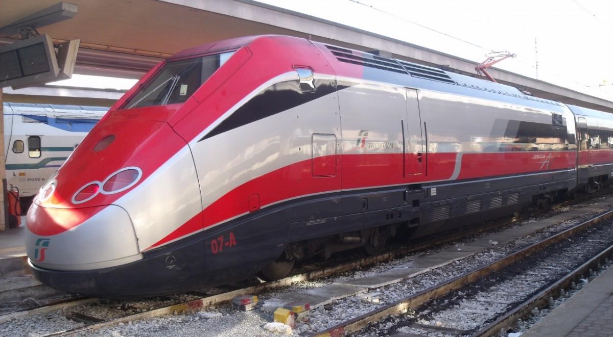 treno_Trenitalia_lgbt_propaganda_gay-1200x661